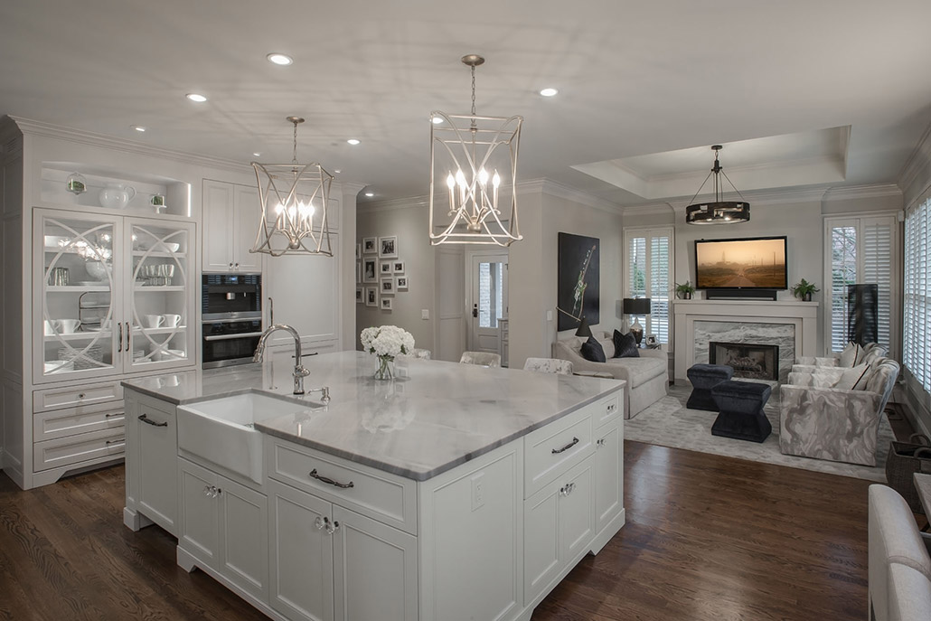Image of white kitchen designed by Affinity Stoneworks